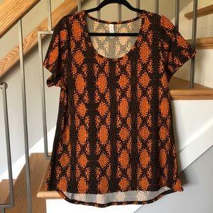 LuLaRoe Classic Orange/Black Pattern Tee Size L